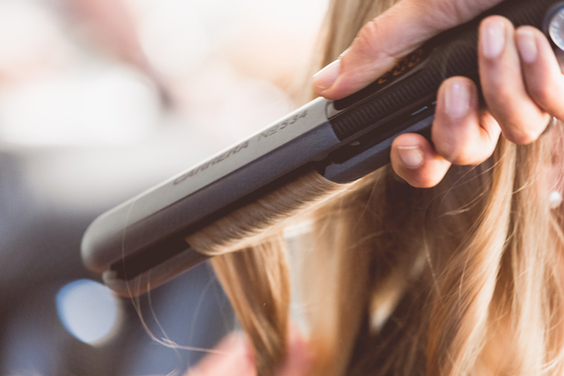straightening protect hair